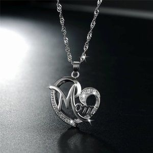 """""""Mom"""" in my Heart 925 Necklace"""